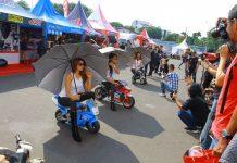 Umbrella Girls Photo Contest