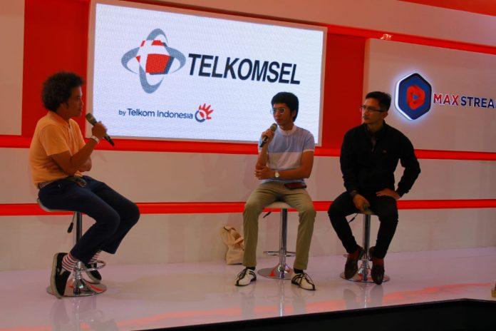 Kupas Tuntas Mods Mayday di Booth Telkomsel