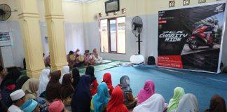 Honda PCX Club Indonesia Menyantuni Panti Asuhan