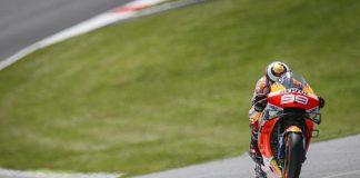Lorenzo Minta Honda Perbaiki RC213V