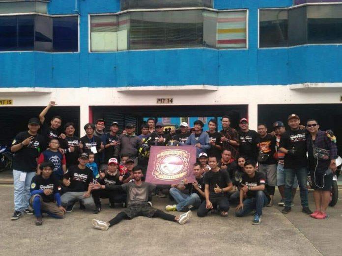 Brotherhood250 Racing Team (Baret)