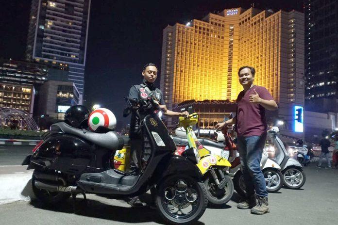 Solo Riding Bali-Jakarta Pakai Vespa