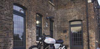 Penampilan Custom Moto Guzzi V7 Tomoto di London Design Festival 2019