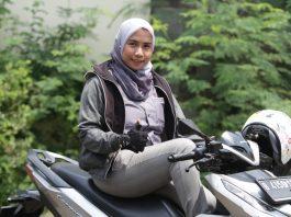 Lady Bikers Rifka Amelia