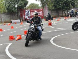Safety Riding Honda BigBike