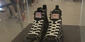 Sepatu Compass Elders Company