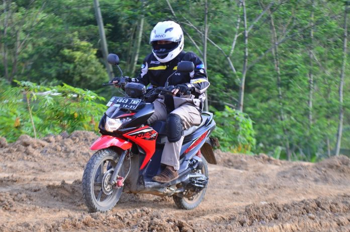 First Ride NexII Crossover