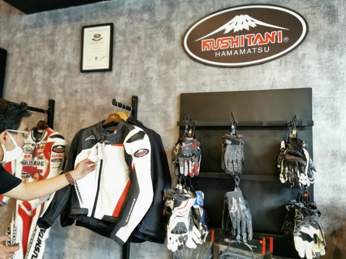 3 Brand dari RC Motogarage