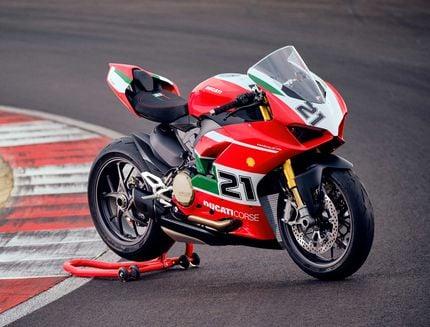 Ducati Panigale V2 Bayliss 1st Championship 20th Anniversary Kenang R99