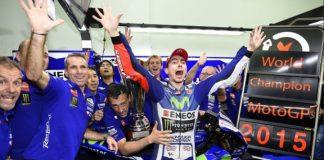Lorenzo Menjadi Test Rider