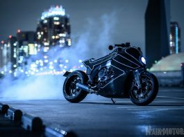 Stealth Crow BMW K1600B