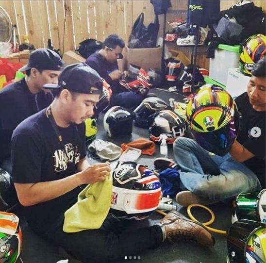 komunitas belajar helm