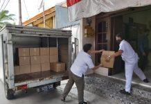AHM Salurkan 990 paket sembako