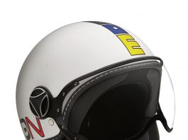Helm Momodesign Berubah Warna