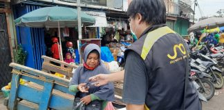 Karyawan Suzuki Donasikan Masker