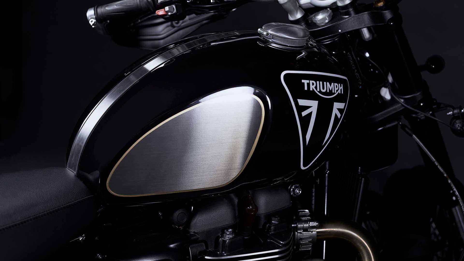 Triumph Scrambler 1200 Bond