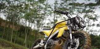 Yamaha XSR155 Urban Tracker Garapan 32 Custom Djakarta
