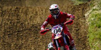 Dovi Cedera Saat Motocross