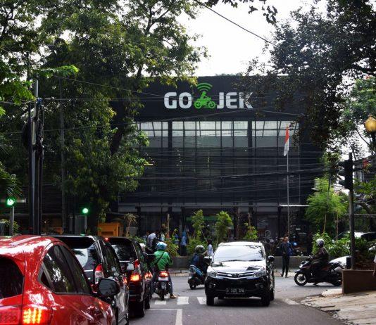 Gojek dapat kucuran dana dari Facebook dan PayPal resmi menjadi investor di dalam penggalangan dana perseroan putaran terkini.