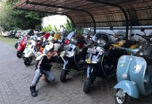 Riding Kemerdekaan GT Vespa