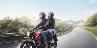 Tips Touring Bareng Pasangan