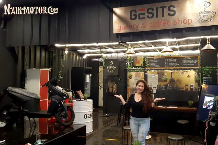 Gesits Gallery and Coffee Shop