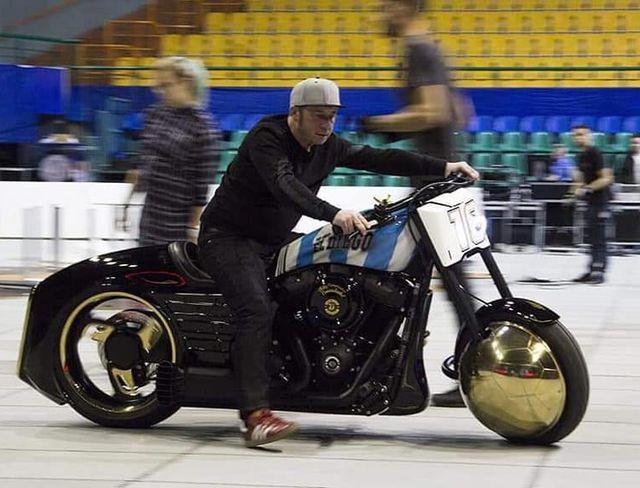 Motor Kustom Maradona