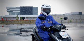 Perlengkapan Berkendara Musim Hujan