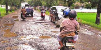 Kecelakaan Imbas Jalan Rusak
