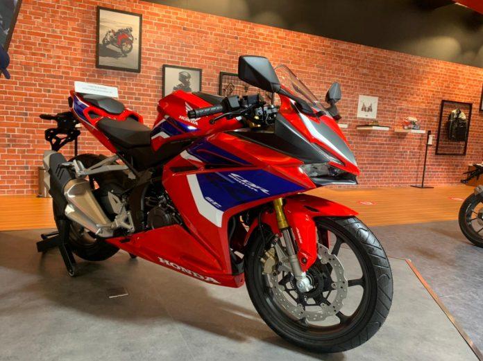 Beli Honda CBR250RR