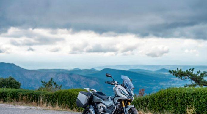 Honda X-ADV Terbaru