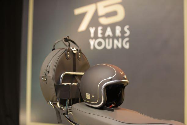 Vespa 75th Anniversary Limited